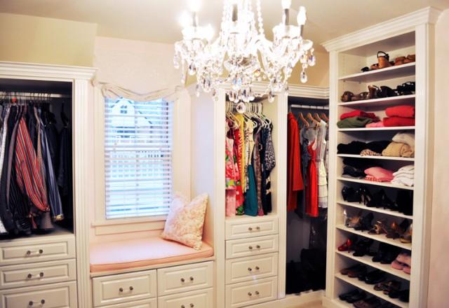 Portable wardrobe white