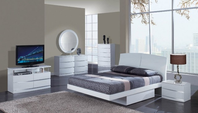 Discount bedroom furniture, used or new one?