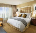 Guest bedroom ideas small space