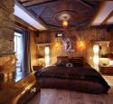 Wood wallpaper in bedroom