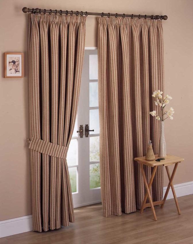 Easy bedroom curtain ideas