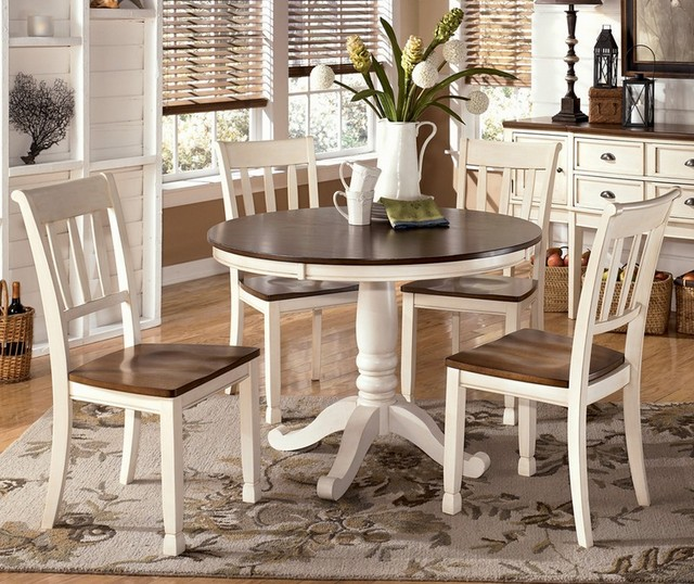 Large advantages of a small dining table