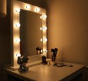 Portable Lighted Vanity Table